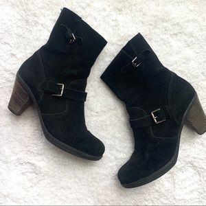 La CANADIENNE Black Suede Low Boot